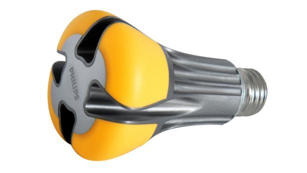 LED-Ersatz Für 100-Watt-Glühbirne Präsentiert