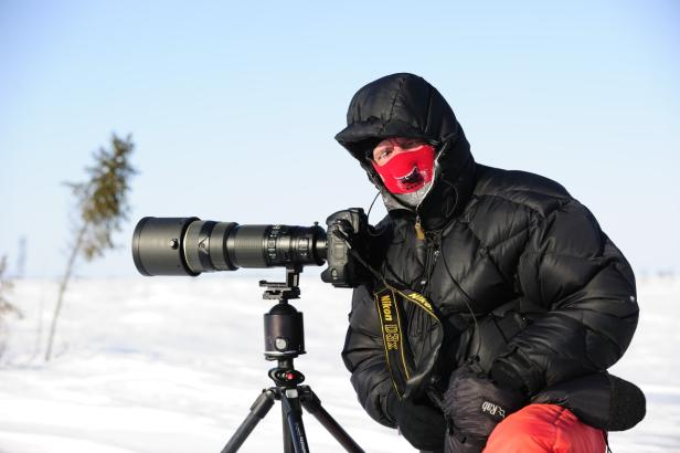 Thomas Sbampato im Wapusk NP bei -52 Grad Celcius