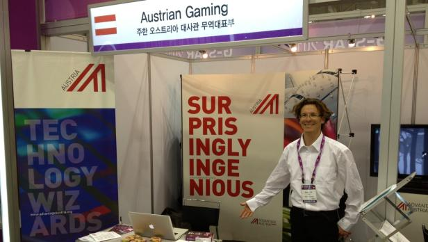 Egon Lauppert in der Austrian Booth auf der G-Star Messe in Busan