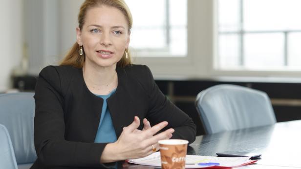 """Renata Hrnjak von der """"Plattform für ein modernes Urheberrecht"""""""