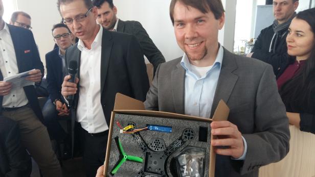 Industry meets Makers Drohnen Infineon