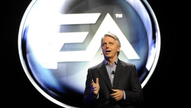 REUTERSElectronic Arts Chief Executive Officer (CEO) John Riccitiello introduces their new lineup during the EA press conference as part E3 in Los Angeles, California June 4, 2012. REUTERS/Gus Ruelas (UNITED STATES - Tags: BUSINESS SOCIETY SCIENCE TECHNOL