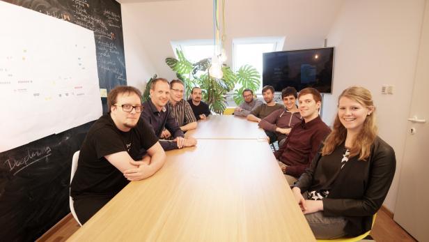 Das Team von wegfinder-Betreiber iMobility inklusive Geschäftsführer Gregor Fischer (2.v.li.)