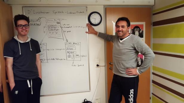 HTL-Schüler Matteo Kofler (links) hatte die Idee zur App