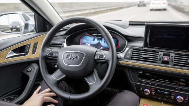Selbstfahrendes Autos TTTech…