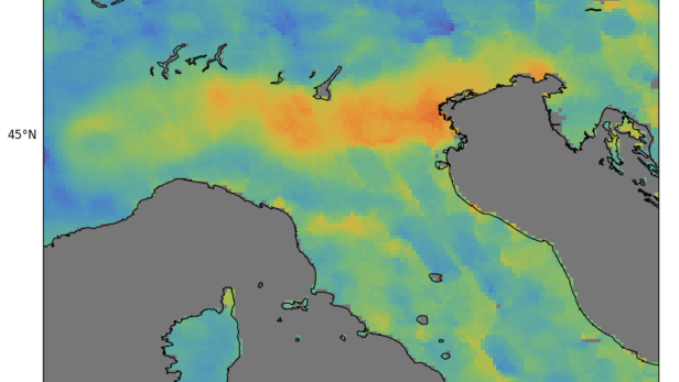 Kohlenmonoxid über Norditalien