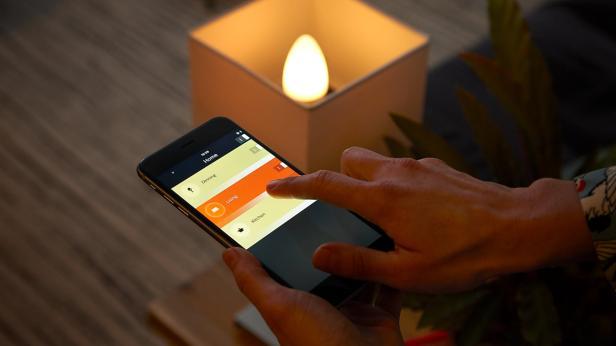 """Smarte Kerzenlichtstimmung:  Zwei neue """"Philips H"""