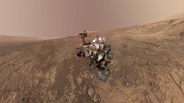 SPACE-MARS-CURIOSITY-ROVER