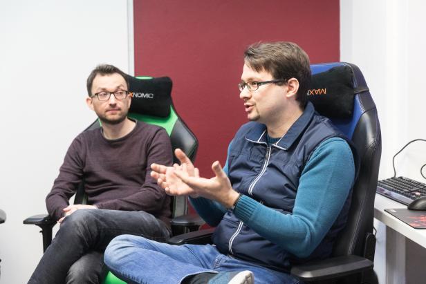 Thomas Schned (Barcraft Austria, links) und Kevin Trau (Area 52, rechts)