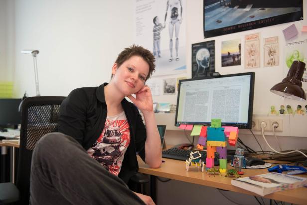 Janina Loh Roboter-Expertin