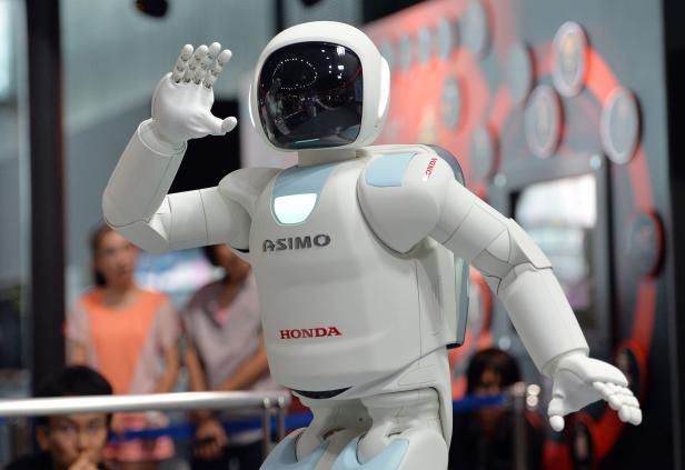 FILES-JAPAN-SCIENCE-ROBOT-COMPANY-HONDA-ASIMO