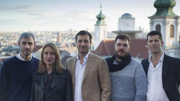 Das Snapscreen-Team: Matthias Grieder, Barbara Kühnelt, Thomas Willomitzer, Ioan Cernei und Fabio Hirsch (v.l.n.r.)
