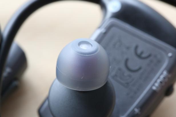 Die Ohrstöpsel mit wasserdichter Membran