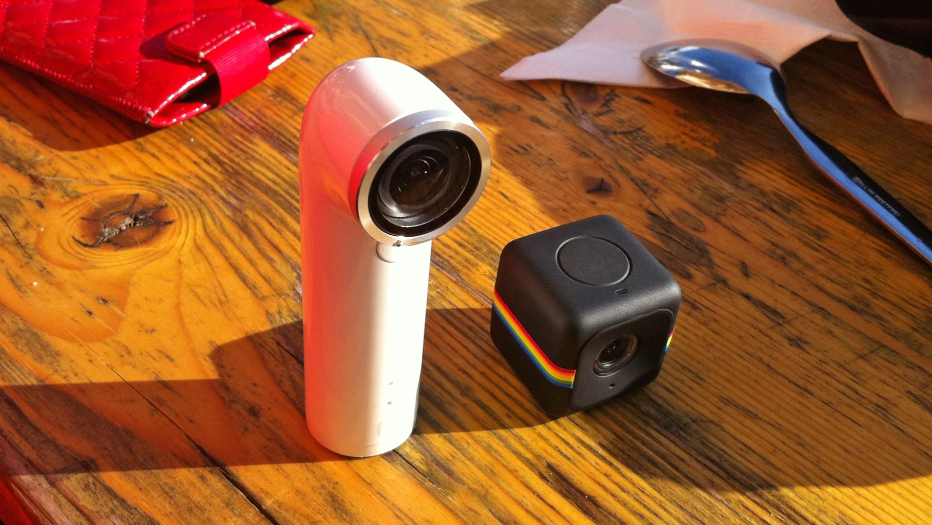 Htc Re Und Polaroid Cube Im Test Spartanisch Und Kreativ Futurezone At