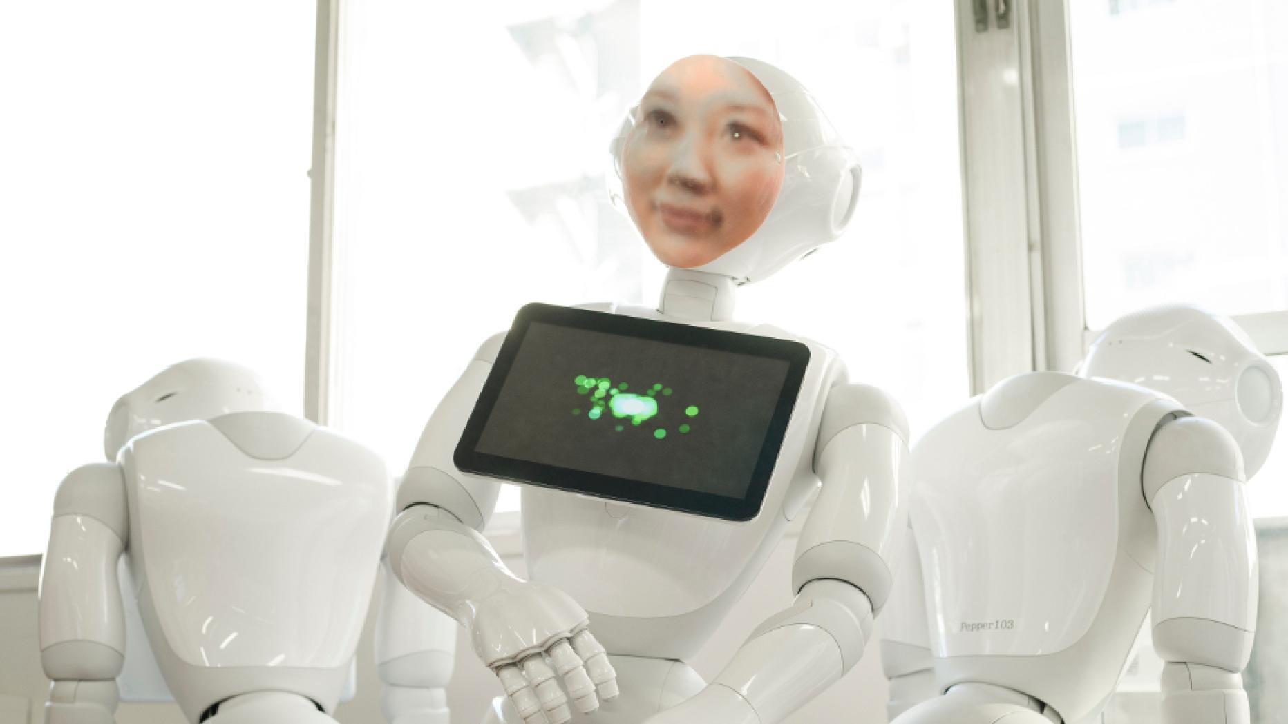 Roboter mit 3D-gedruckten Gesicht von Toten soll beim Trauern helfen