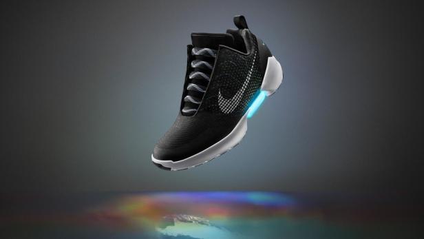 Puma sucht Tester für seine selbstschnürenden Schuhe