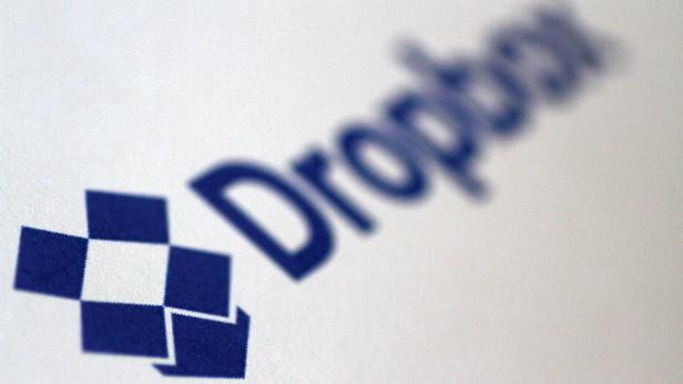 Illustration photo of the DropBox logo