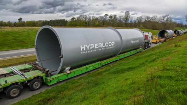 hyperlooptt_tube_1.jpg