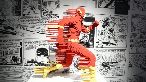 "LEGO-SONDERAUSSTELLUNG ""THE ART OF THE BRICK: DC SUPER HEROES"" DER ROTE BLITZ"