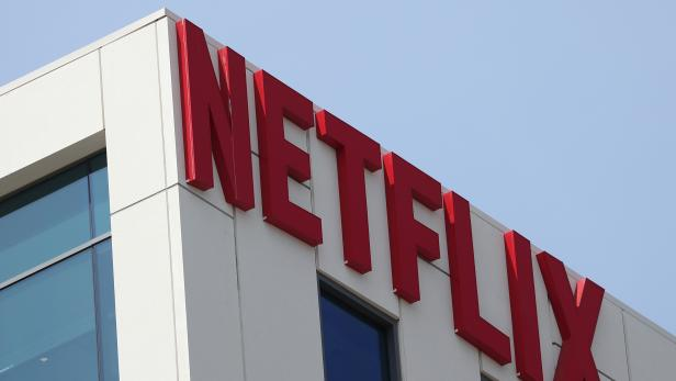 FILE PHOTO: The Netflix logo is seen on the company's office in Hollywood, Los Angeles