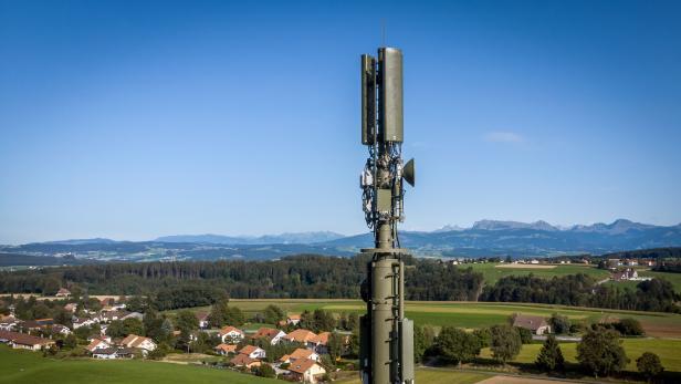 SWITZERLAND-TECHNOLOGY-TELECOM-WIRELESS-5G