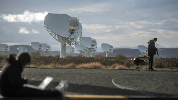 SAFRICA-SCIENCE-TECHNOLOGY-ASTRONOMY-TELESCOPE