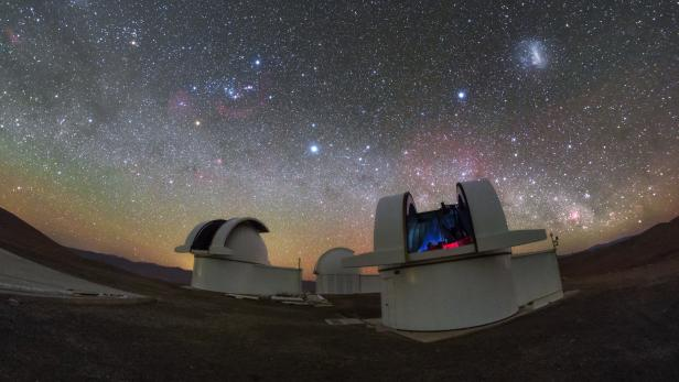 SPECULOOS project makes its first observations at the European Southern Observatory's Paranal Observatory in Chile