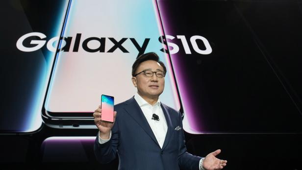 Samsung unveils Galaxy S10 in San Francisco