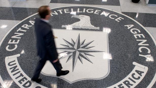 FILES-US-ESPIONAGE-ANIMAL-CIA