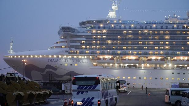 Diamond Princess cruise ship infected with Covid-19 coronavirus