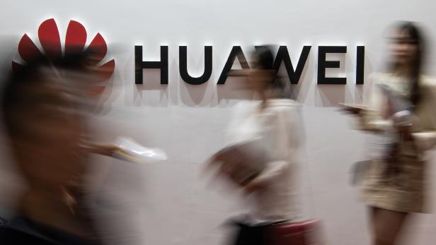 FILES-US-IT-TELECOM-COURT-CHINA-HUAWEI