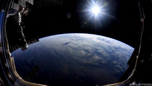 Der Aufruf richtet sich an Schüler mit Interesse am Thema Weltraum