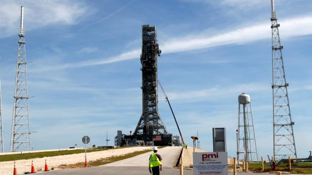 NASA's Space Launch System mobile launcher stands atop Launch Pad 39B at the Kennedy Space Center in Cape Canaveral