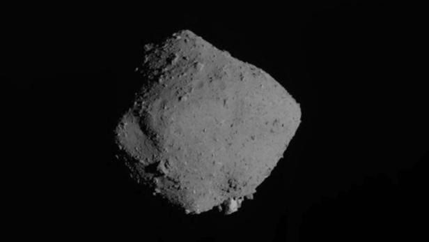 JAPAN-SCIENCE-SPACE-ASTEROID-HAYABUSA