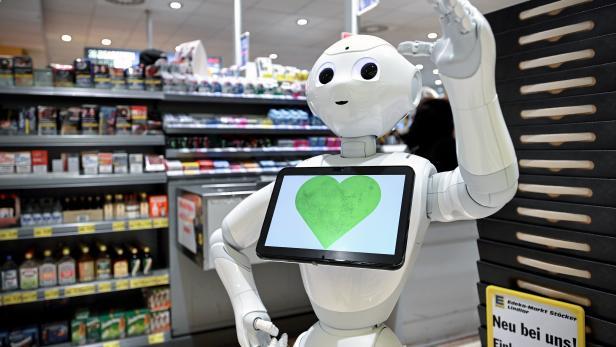 Robot nurse helps supermarket-goers keep minimum distance amid coronavirus pandemic