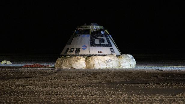 TOPSHOT-US-SPACE-NASA-BOEING