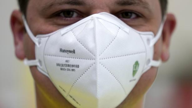 German chemical company BASF donates one million FFP 2 type face masks to Rhineland-Palatinate State