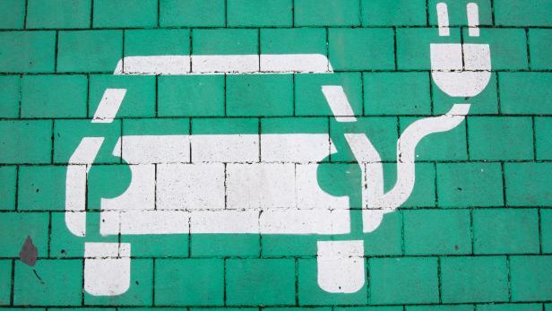 Fortschritte bei Ladenetz für E-Autos
