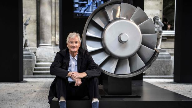 FILES-BRITAIN-SINGAPORE-MANUFACTURING-BUSINESS-DYSON