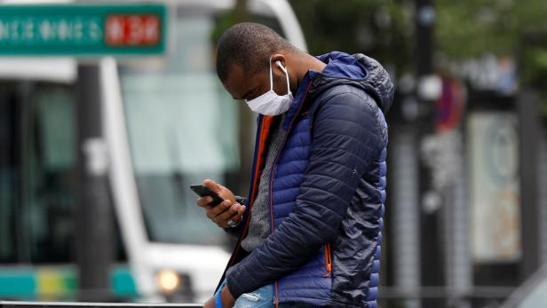 Lockdown in Paris imposed to slow the rate of the coronavirus disease