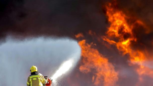 STEIERMARK: GROSSBRAND IN RECYCLINGANLAGE IN WILDON
