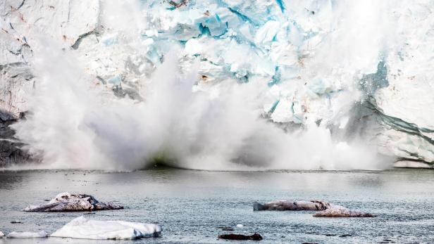 FILES-GREENLAND-CLIMATE-ENVIRONMENT