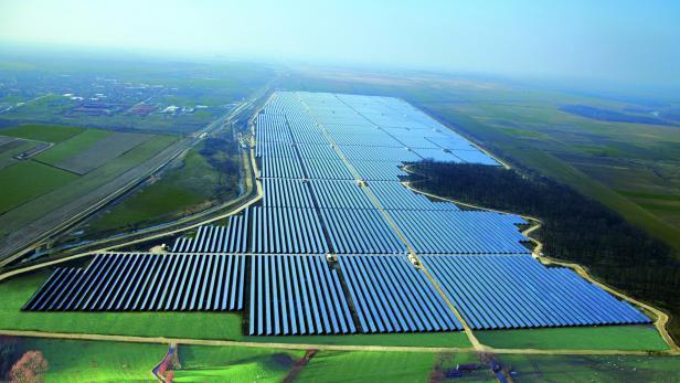 Solarpark umfasst 100 Hektar