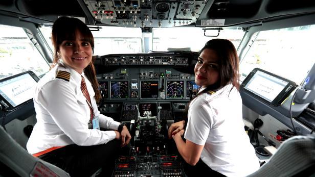 All female flight crew celebrates International Women's Day
