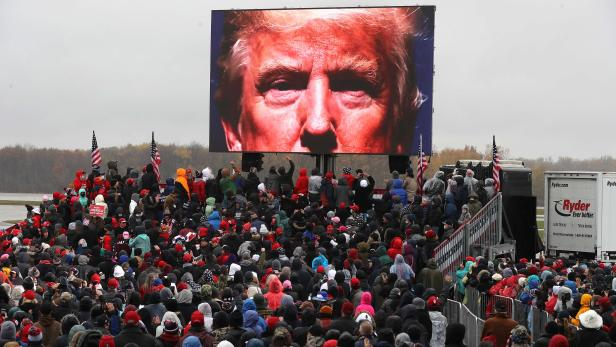US-DONALD-TRUMP-CAMPAIGNS-FOR-RE-ELECTION-IN-MICHIGAN