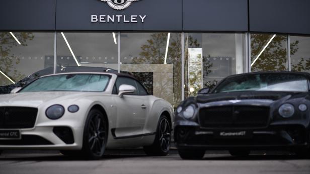 BRITAIN-AUTO-CAR-ENVIRONMENT-ELECTRIC-BENTLEY