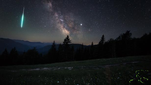 Wo sind nur die Sternschnuppen hin, wo sind sie geblieben? Wie die Lichtverschmutzung den Himmelsblick verändert.