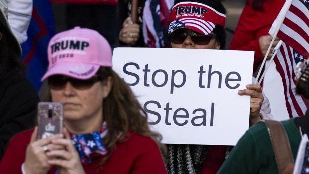 Pro-Trump Rally in Los Angeles