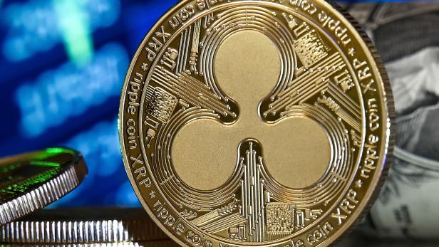 Cryptocurrencies Hype: Bitcoin, Ethereum, Ripple and Cardano