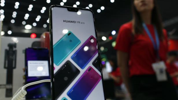 Huawei presents their new smartphone operating system